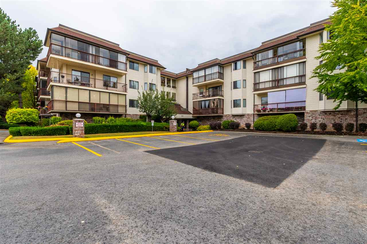 213 2414 CHURCH STREET - Abbotsford West Apartment/Condo for sale, 2 Bedrooms (R2487679) - #1