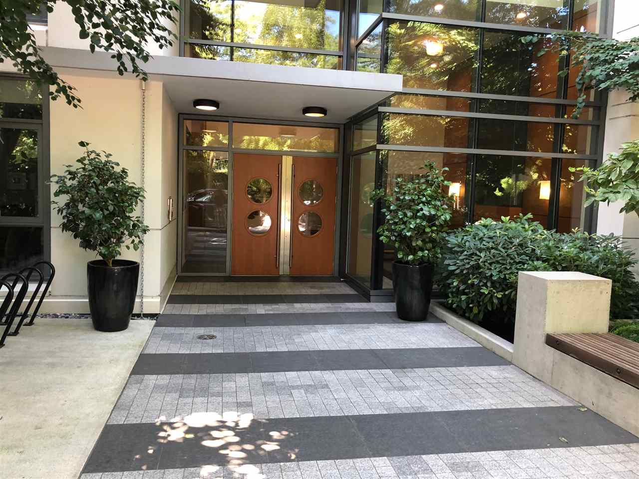 209 135 W 2ND STREET - Lower Lonsdale Apartment/Condo for sale, 2 Bedrooms (R2487810) - #1