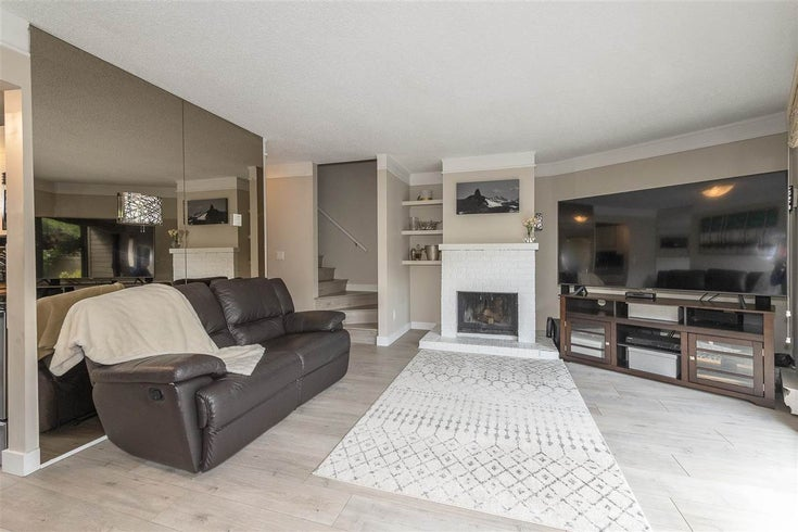 5 251 W 14TH STREET - Central Lonsdale Townhouse for sale, 3 Bedrooms (R2489548)