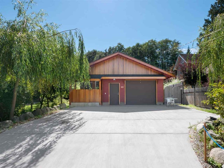 661 DOUGALL ROAD - Gibsons & Area House/Single Family for sale, 2 Bedrooms (R2489752)