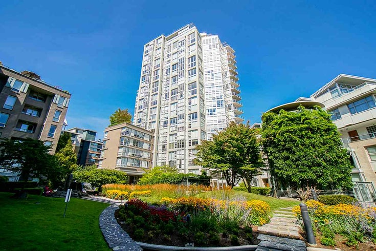 1706 1228 MARINASIDE CRESCENT - Yaletown Apartment/Condo for sale, 2 Bedrooms (R2490879)
