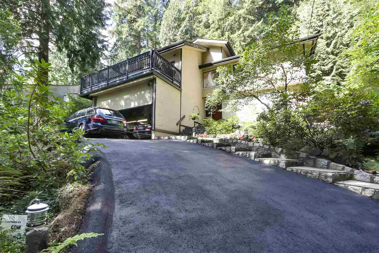 4727 MOUNTAIN HIGHWAY - Lynn Valley House/Single Family for sale, 3 Bedrooms (R2491401) - #1