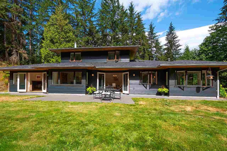 739 MINNOWS LANE - Bowen Island House with Acreage for sale, 3 Bedrooms (R2491796)