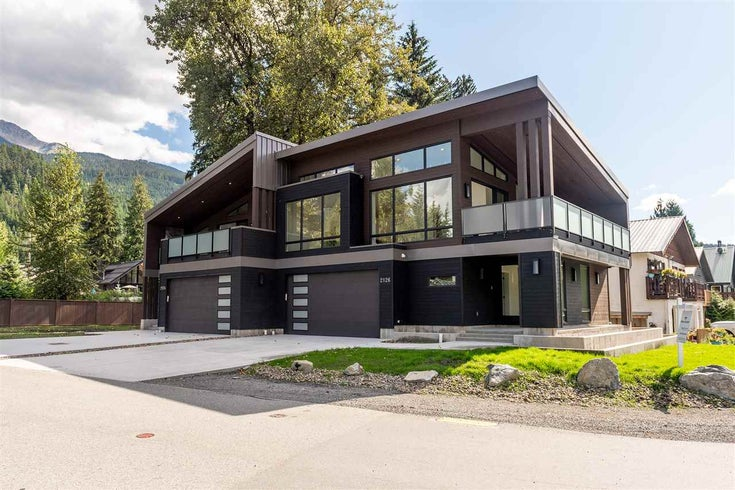 2126 LAKE PLACID ROAD - Whistler Creek 1/2 Duplex for sale, 3 Bedrooms (R2492242)