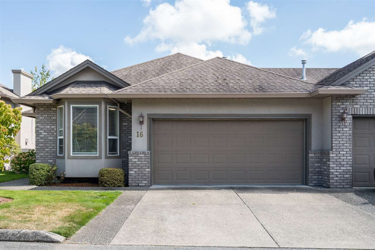 16 2525 YALE COURT - Abbotsford East Townhouse for sale, 4 Bedrooms (R2492575) - #1