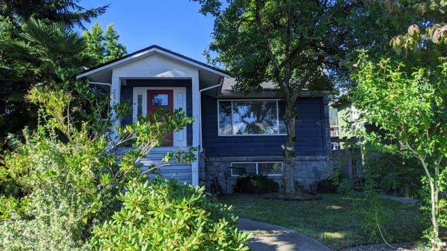 268 W 29TH STREET - Upper Lonsdale House/Single Family for sale, 3 Bedrooms (R2492793) - #1