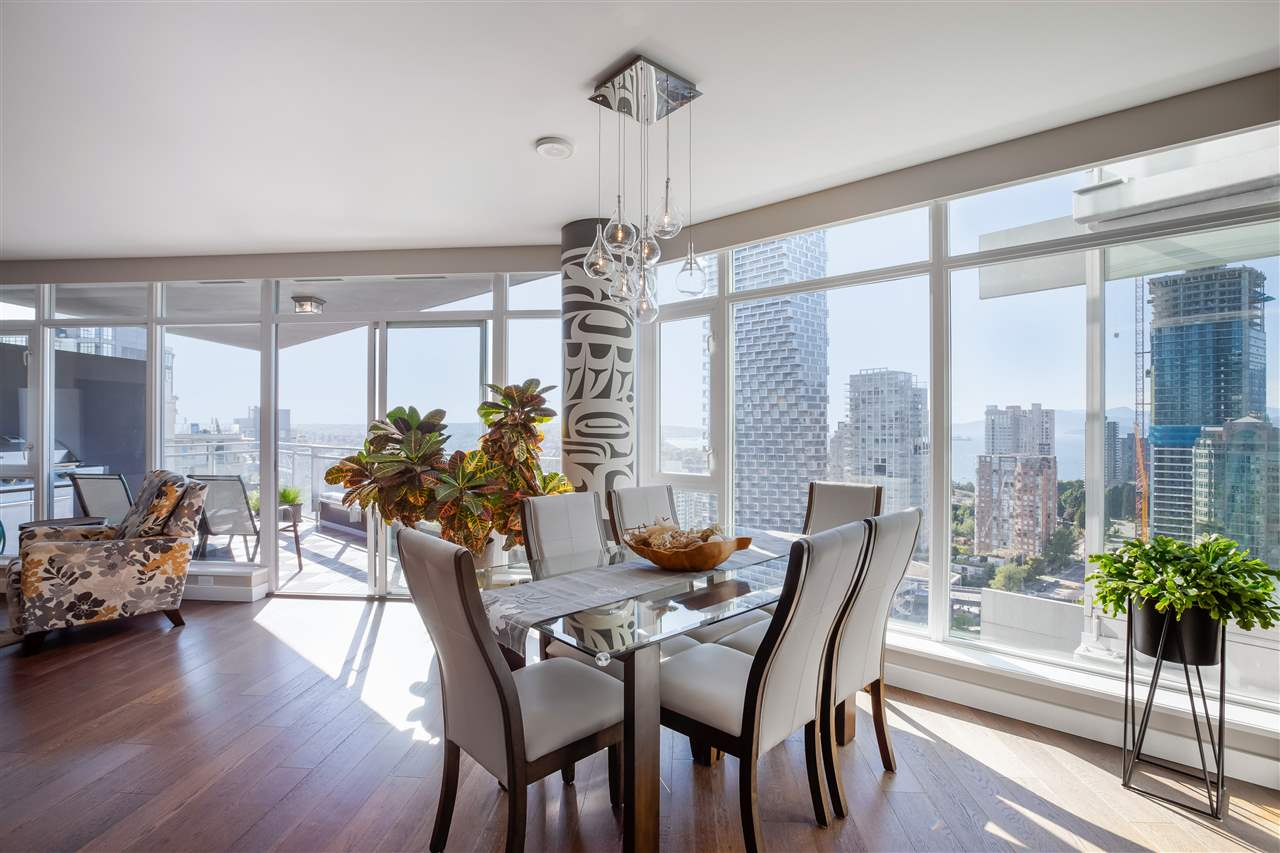 2701 1372 SEYMOUR STREET - Yaletown Apartment/Condo for sale, 2 Bedrooms (R2493210) - #1