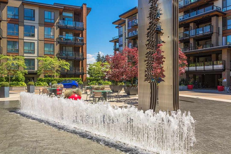 208 719 W 3RD STREET - Harbourside Apartment/Condo for sale, 2 Bedrooms (R2493570)