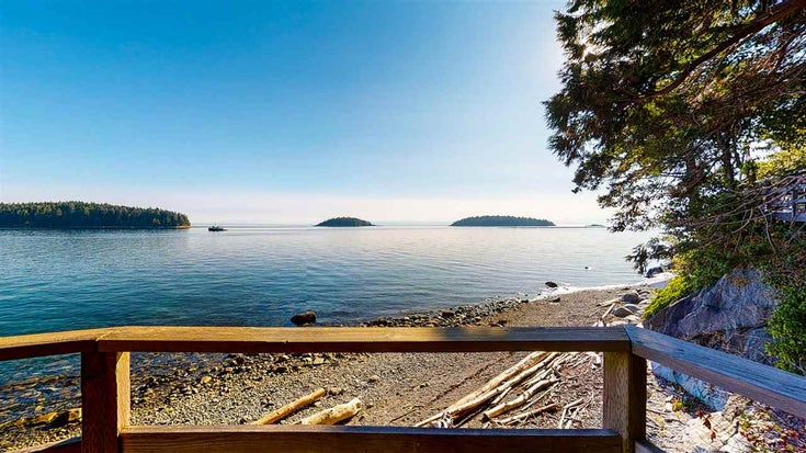 6341 SUNSHINE COAST HIGHWAY - Sechelt District House/Single Family for sale, 5 Bedrooms (R2493877)