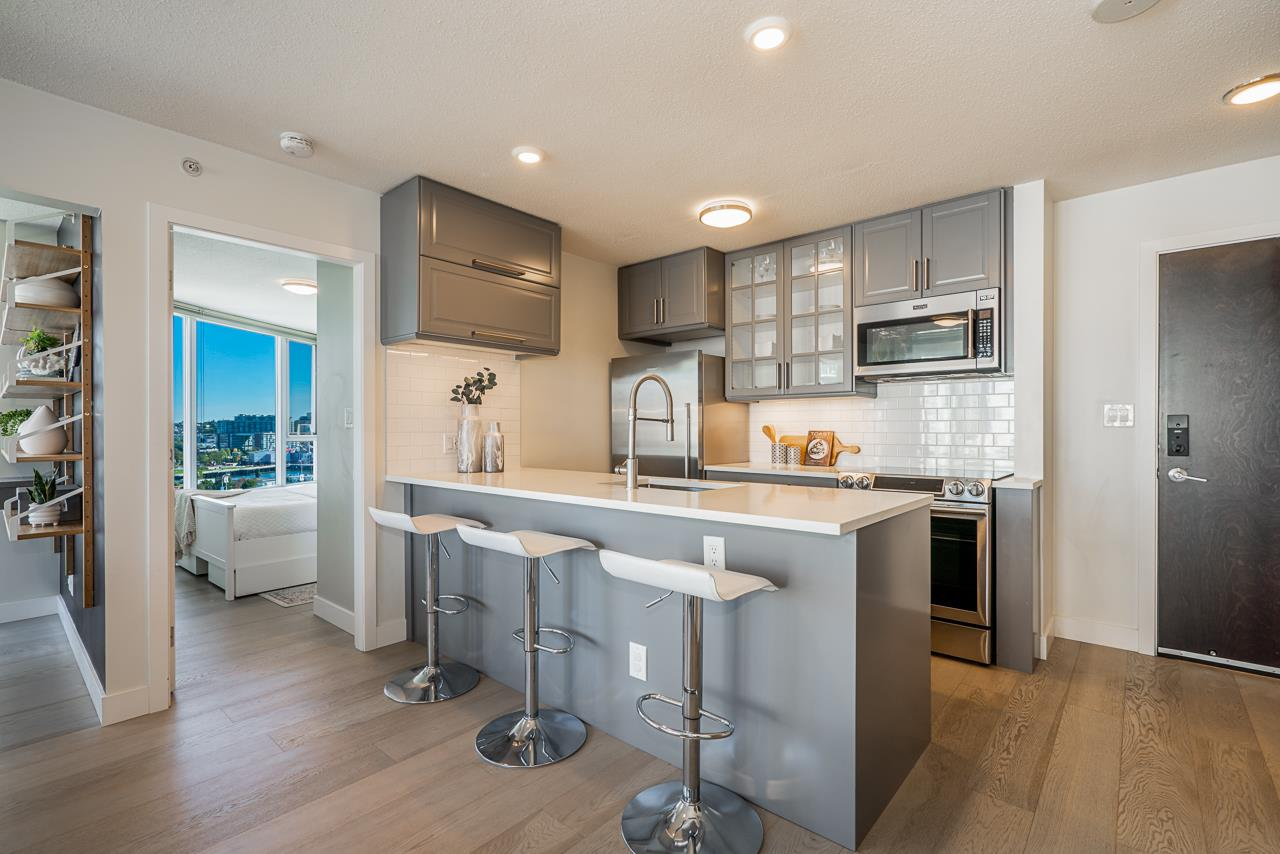 1202 689 ABBOTT STREET - Downtown VW Apartment/Condo for sale, 2 Bedrooms (R2494046) - #1
