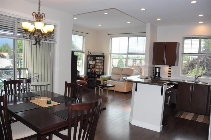 410 2478 SHAUGHNESSY STREET - Central Pt Coquitlam Apartment/Condo for sale, 2 Bedrooms (R2494715)