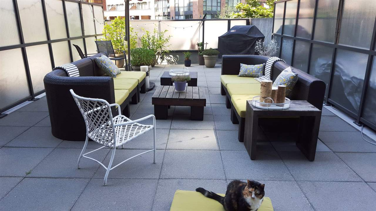 303 1212 HOWE STREET - Downtown VW Apartment/Condo for sale, 1 Bedroom (R2495071) - #1