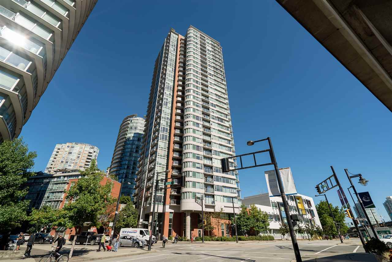 807 688 ABBOTT STREET - Downtown VW Apartment/Condo for sale, 1 Bedroom (R2495281) - #1