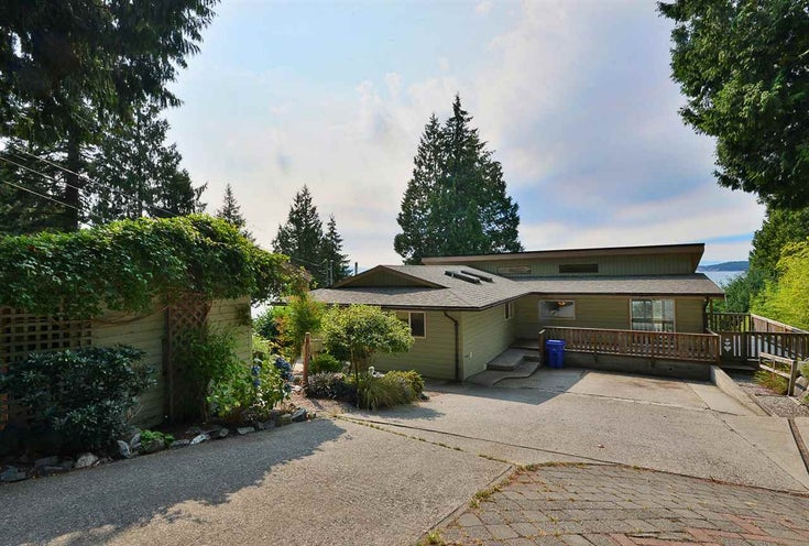 4957 SUNSHINE COAST HIGHWAY - Sechelt District House/Single Family for sale, 3 Bedrooms (R2496030)