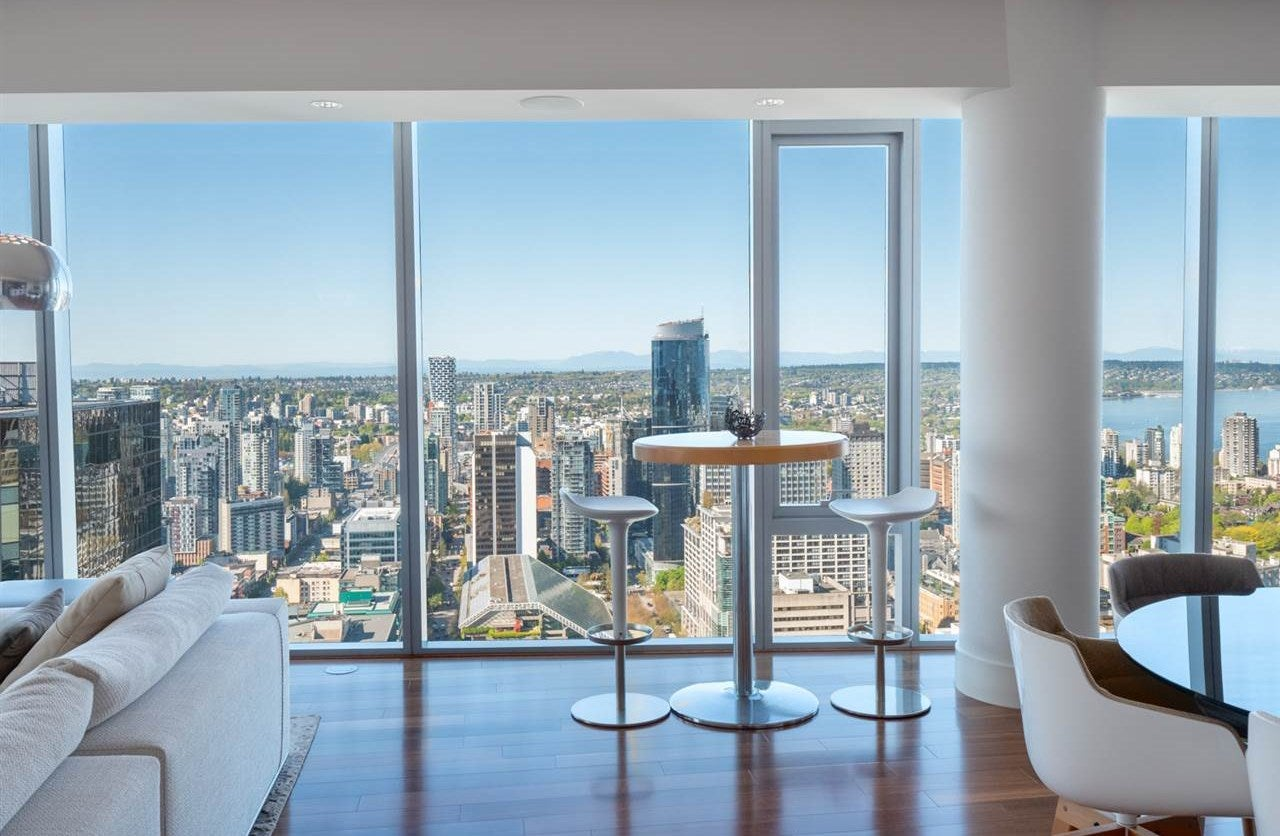 4304 667 HOWE STREET - Downtown VW Apartment/Condo for sale, 2 Bedrooms (R2496681) - #1