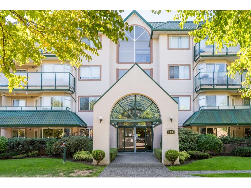 203 2958 TRETHEWEY STREET - Abbotsford West Apartment/Condo for sale, 2 Bedrooms (R2496816) - #1