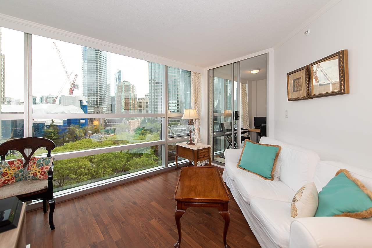 805 1050 BURRARD STREET - Downtown VW Apartment/Condo for sale, 1 Bedroom (R2497015) - #1