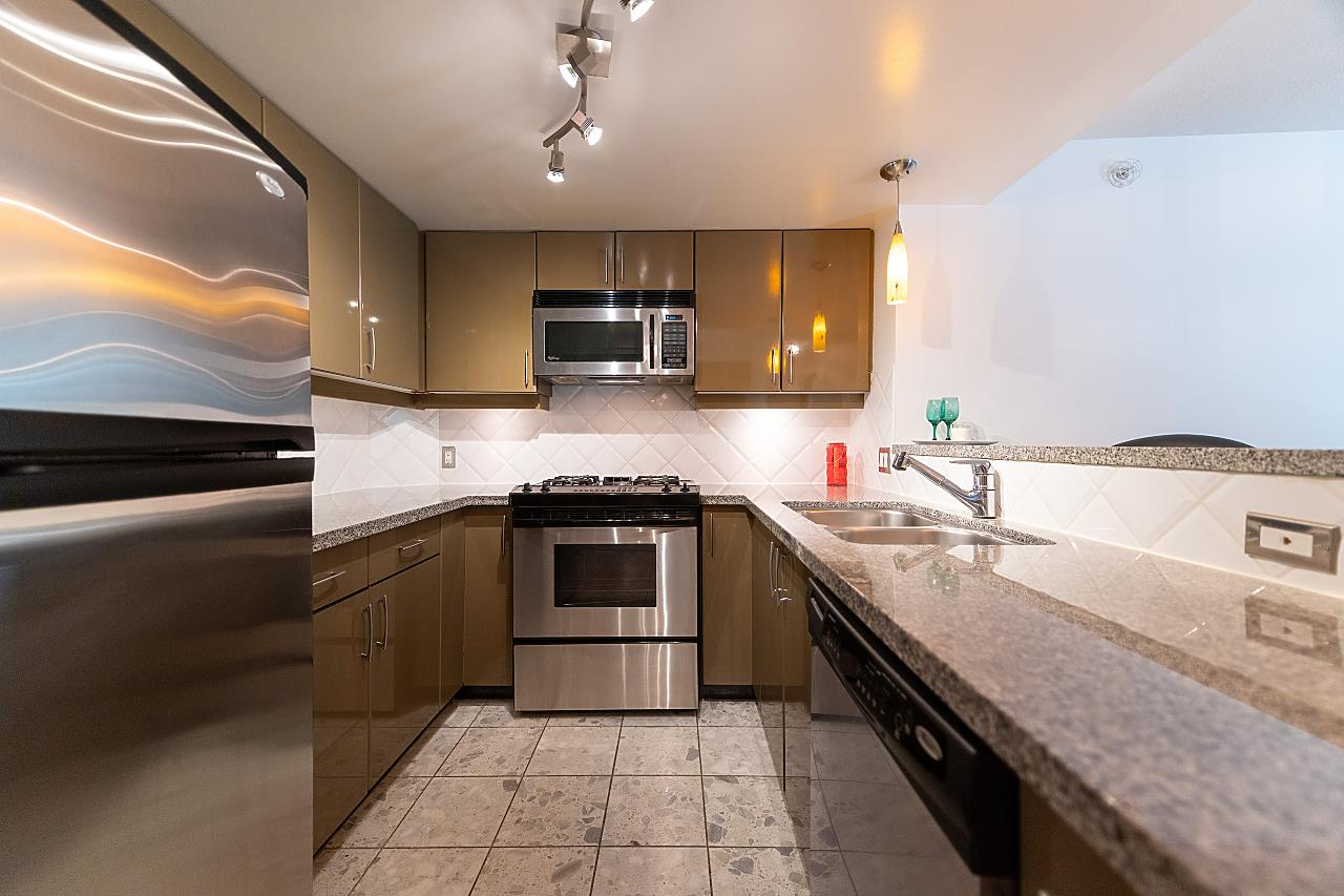 306 1328 W PENDER STREET - Coal Harbour Apartment/Condo for sale, 2 Bedrooms (R2497020) - #1