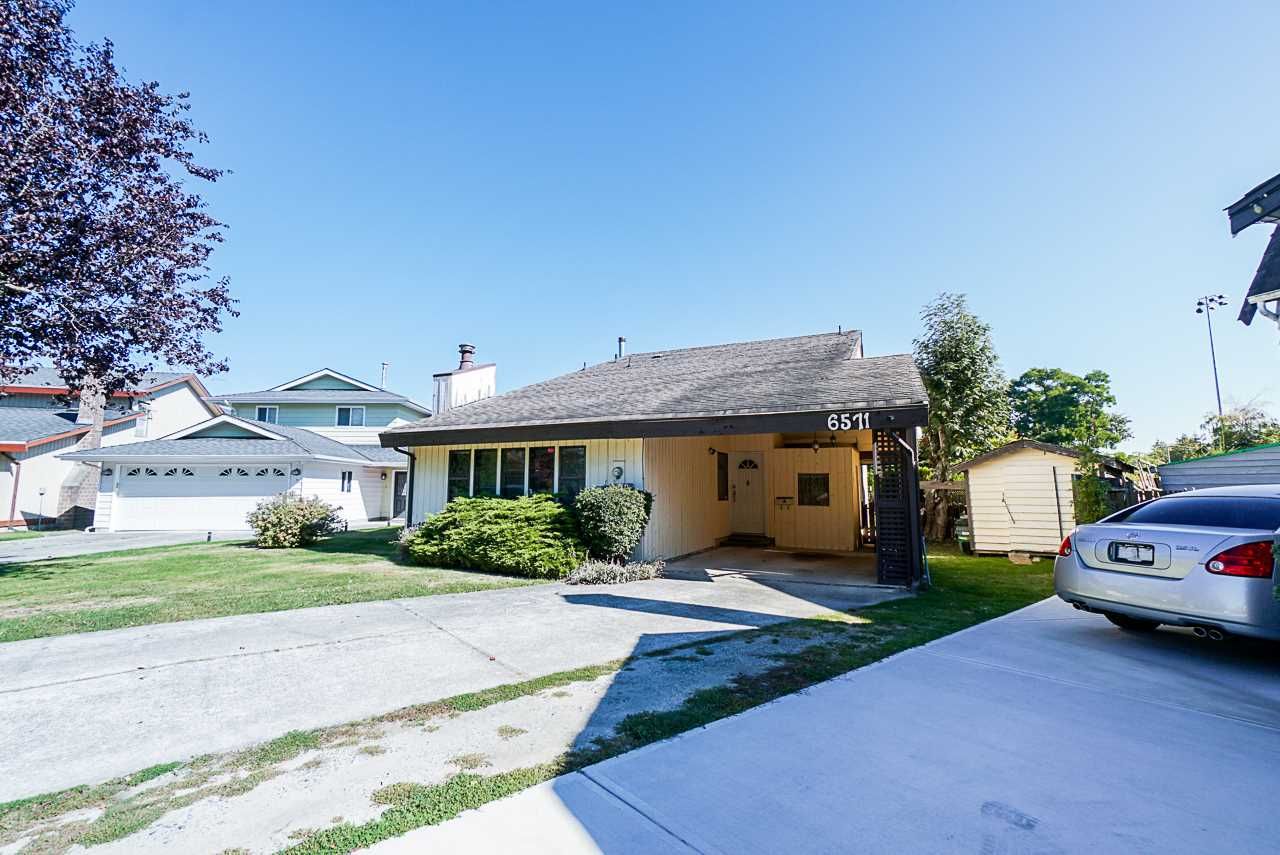 6571 SWIFT AVENUE - Woodwards House/Single Family for sale, 3 Bedrooms (R2497407)