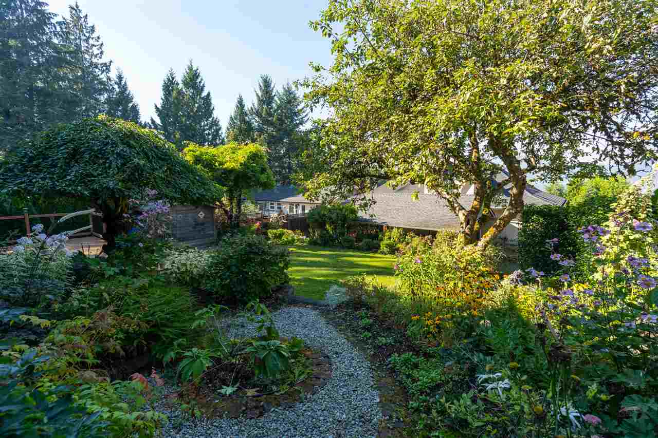 2321 ST GEORGE STREET - Port Moody Centre House/Single Family for sale, 4 Bedrooms (R2497458) - #13