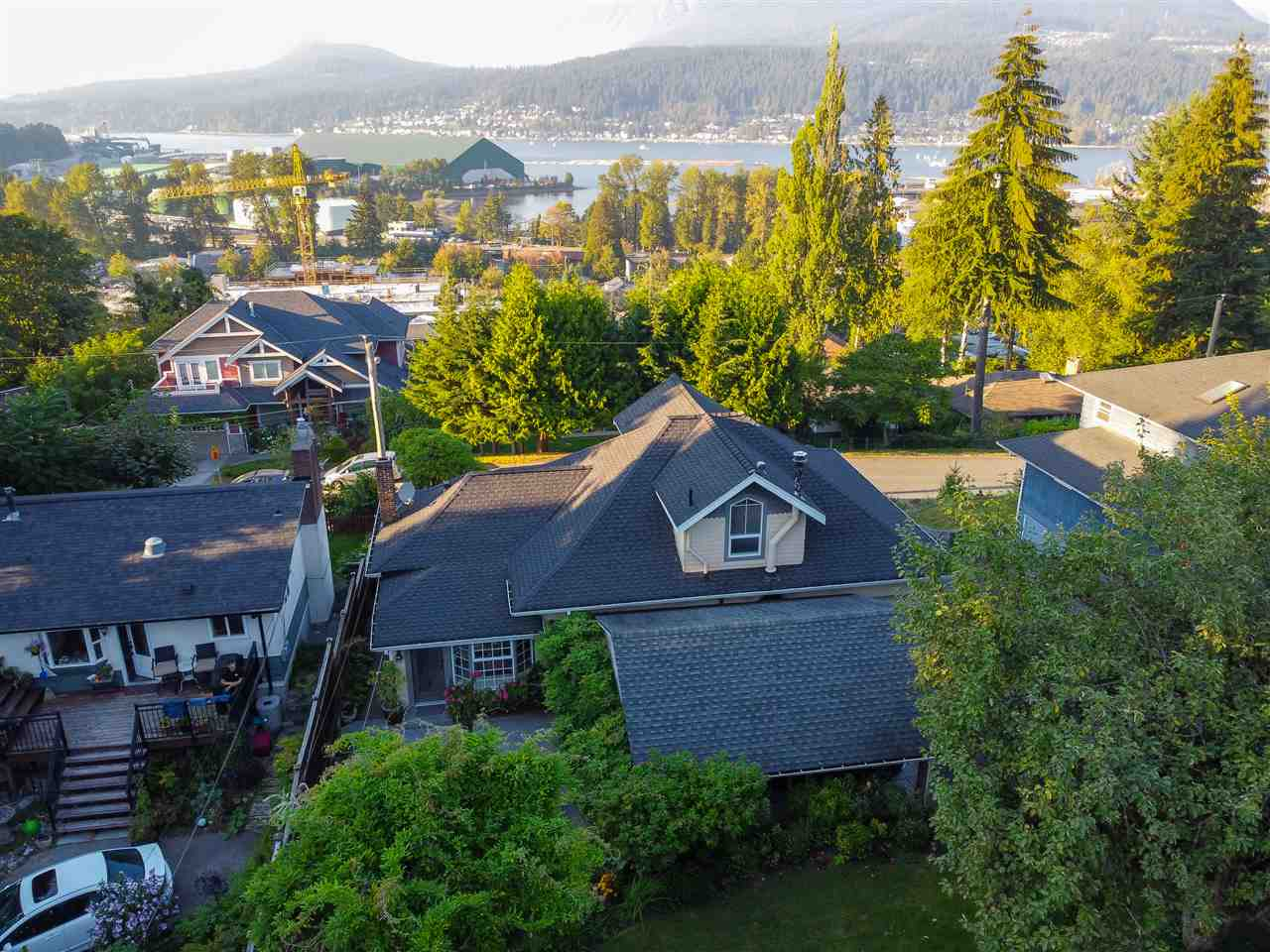 2321 ST GEORGE STREET - Port Moody Centre House/Single Family for sale, 4 Bedrooms (R2497458) - #39