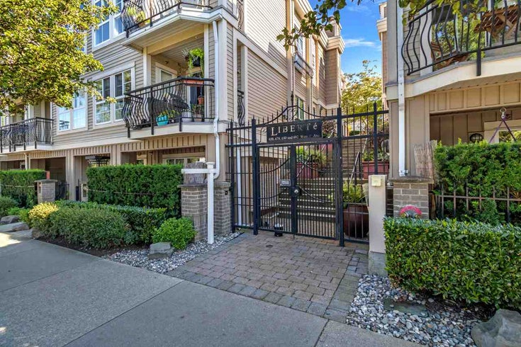 315 678 W 7TH AVENUE - Fairview VW Apartment/Condo for sale, 2 Bedrooms (R2497721)