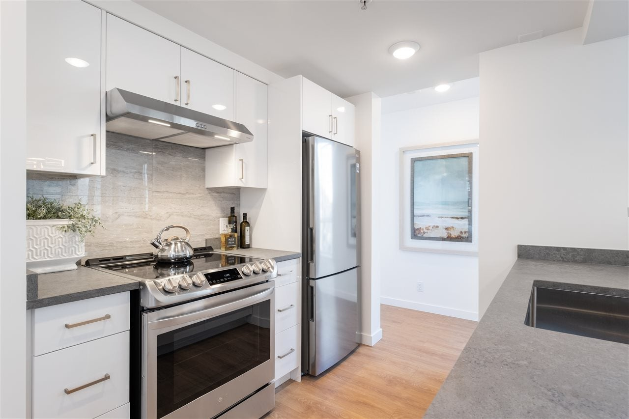 605 1228 MARINASIDE CRESCENT - Yaletown Apartment/Condo for sale, 2 Bedrooms (R2497776) - #16