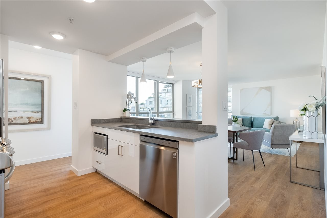 605 1228 MARINASIDE CRESCENT - Yaletown Apartment/Condo for sale, 2 Bedrooms (R2497776) - #18