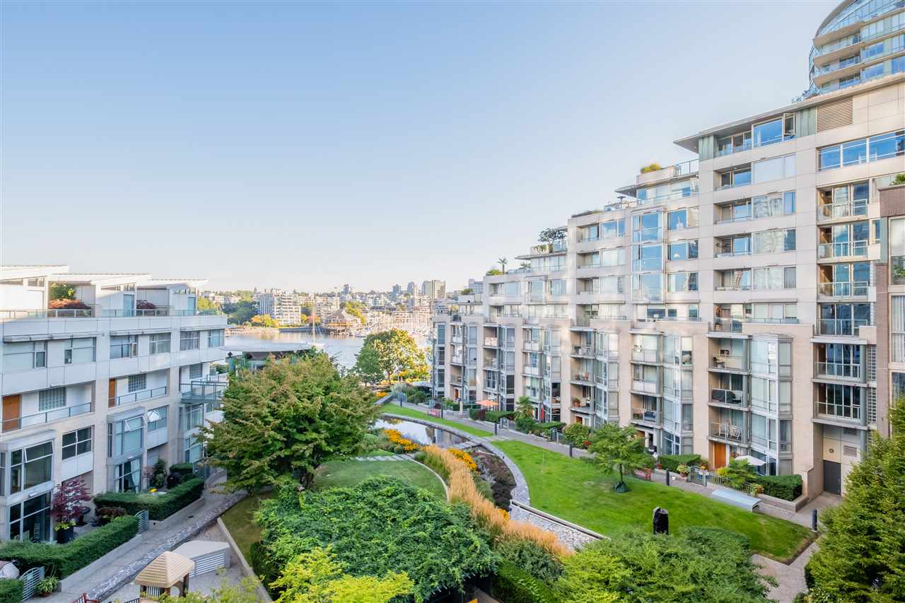 605 1228 MARINASIDE CRESCENT - Yaletown Apartment/Condo for sale, 2 Bedrooms (R2497776) - #30