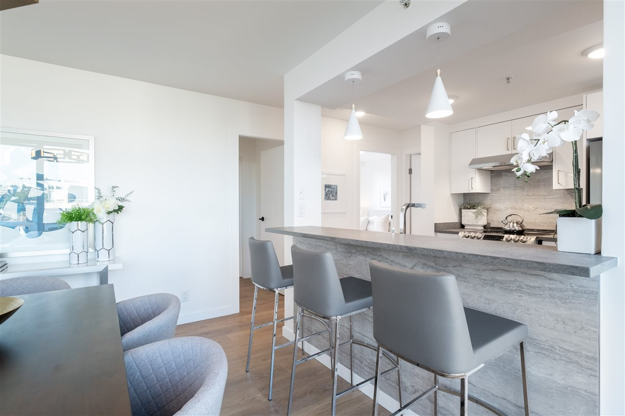 605 1228 MARINASIDE CRESCENT - Yaletown Apartment/Condo for sale, 2 Bedrooms (R2497776) - #9