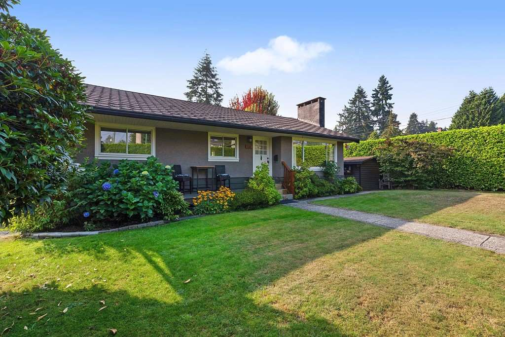 384 MUNDY STREET - Central Coquitlam House/Single Family for sale, 4 Bedrooms (R2497790) - #1