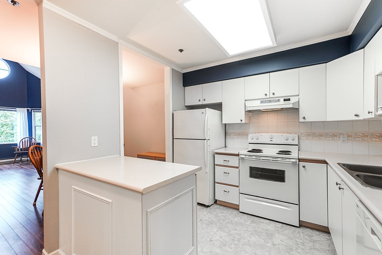 311 5375 VICTORY STREET - Metrotown Apartment/Condo for sale, 2 Bedrooms (R2498035) - #3