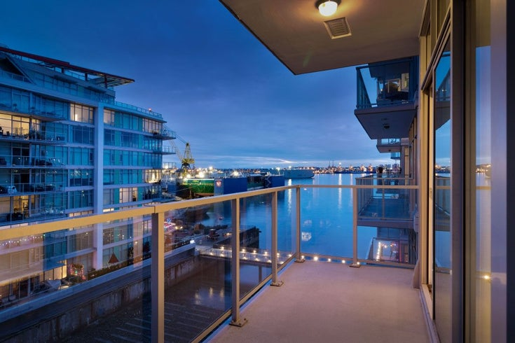 602 175 VICTORY SHIP WAY - Lower Lonsdale Apartment/Condo for sale, 1 Bedroom (R2498097)