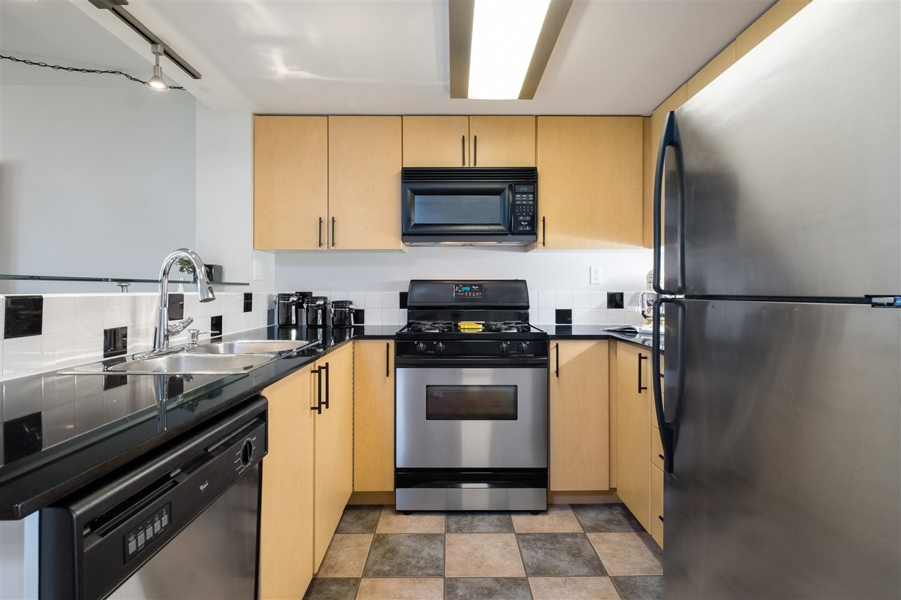 TH9 63 KEEFER PLACE - Downtown VW Townhouse for sale, 3 Bedrooms (R2498322) - #10