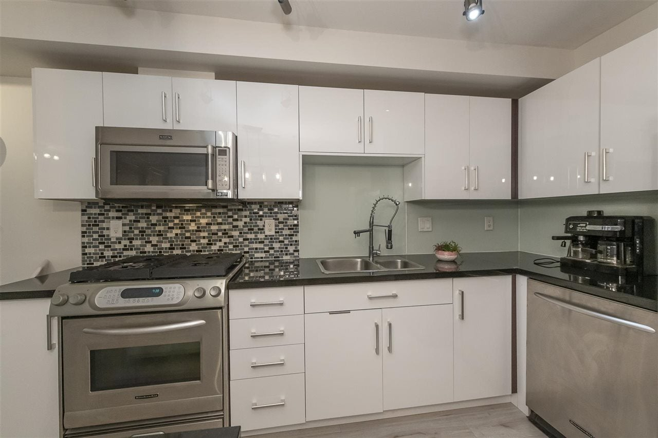 407 122 E 3RD STREET - Lower Lonsdale Apartment/Condo for sale, 1 Bedroom (R2498536) - #21