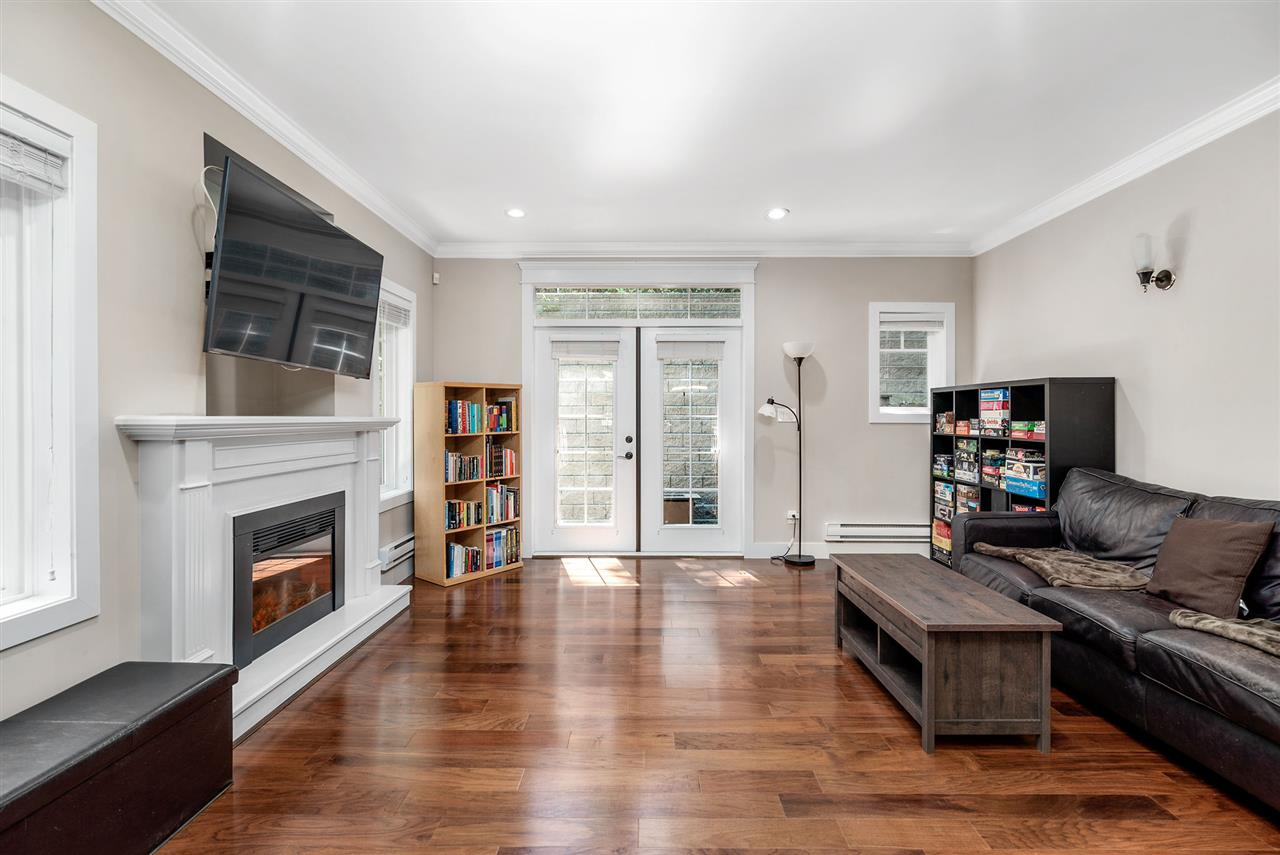 126 3333 DEWDNEY TRUNK ROAD - Port Moody Centre Townhouse for sale, 3 Bedrooms (R2498565) - #2