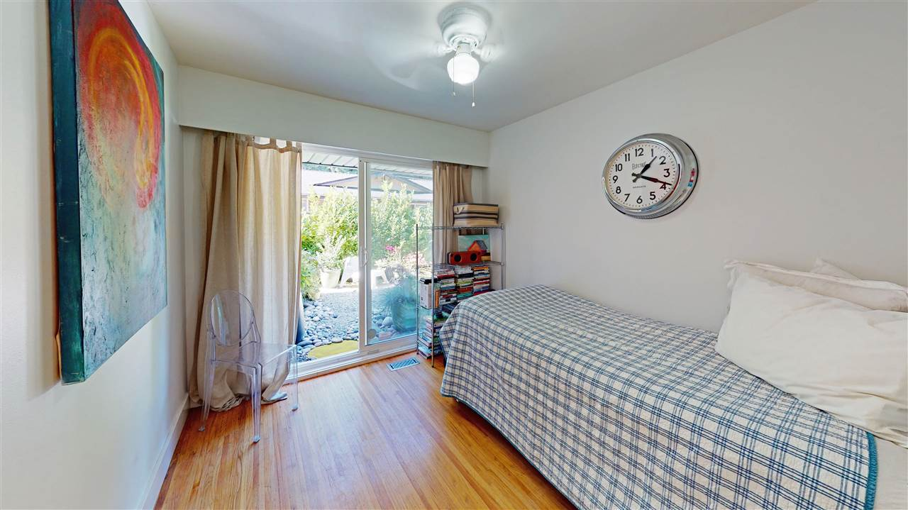 30 GLENMORE DRIVE - Glenmore 1/2 Duplex for sale, 3 Bedrooms (R2498643) - #11