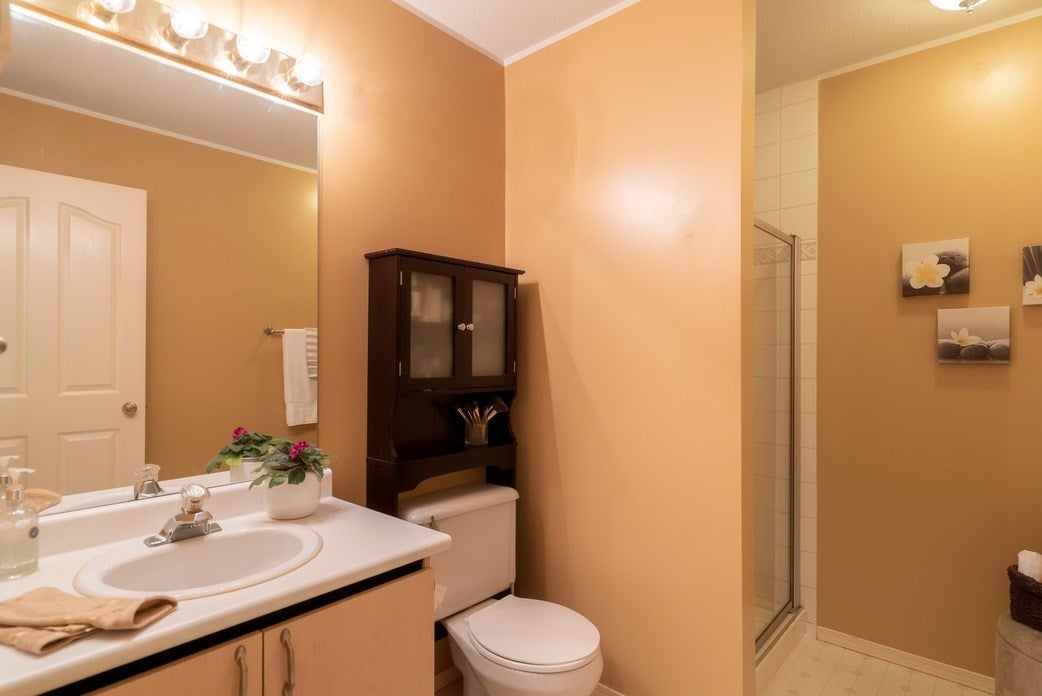 19 16016 82 AVENUE - Fleetwood Tynehead Townhouse for sale, 3 Bedrooms (R2498664) - #19