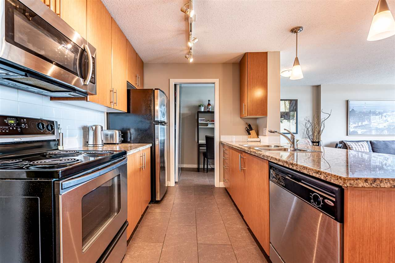 2001 58 KEEFER PLACE - Downtown VW Apartment/Condo for sale, 1 Bedroom (R2498705) - #1