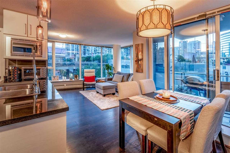 508 689 ABBOTT STREET - Downtown VW Apartment/Condo for sale, 2 Bedrooms (R2498940)