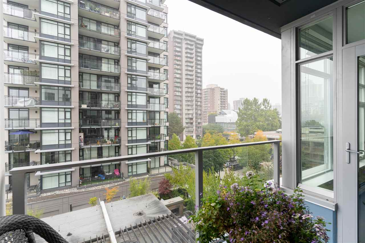 606 1320 CHESTERFIELD AVENUE - Central Lonsdale Apartment/Condo for sale, 1 Bedroom (R2498975) - #25