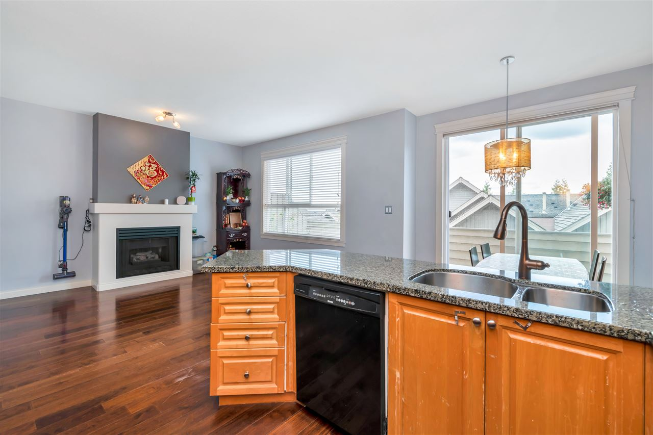 209 1465 PARKWAY BOULEVARD - Westwood Plateau Townhouse for sale, 3 Bedrooms (R2499084) - #16