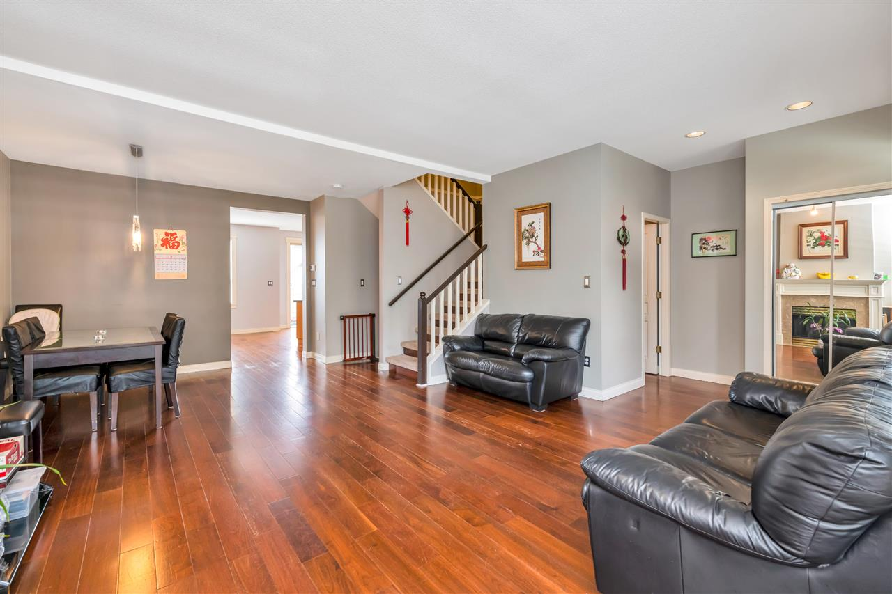 209 1465 PARKWAY BOULEVARD - Westwood Plateau Townhouse for sale, 3 Bedrooms (R2499084) - #8