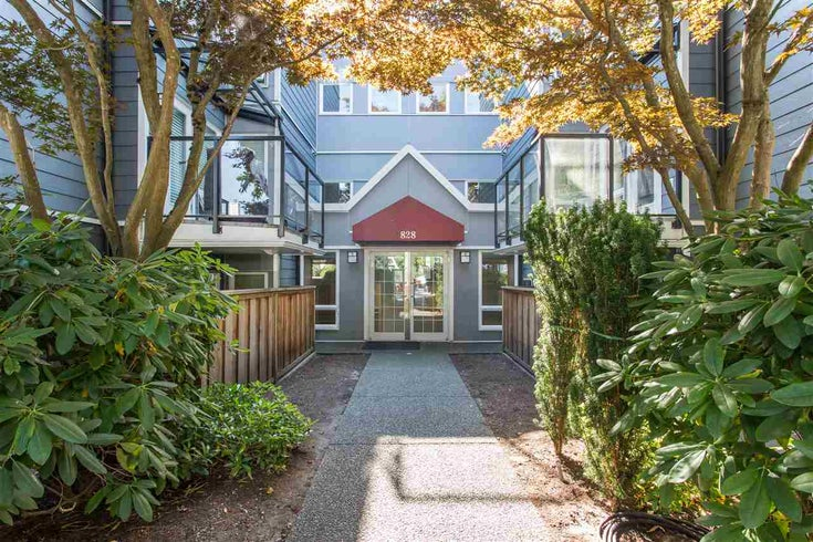 304 828 W 14TH AVENUE - Fairview VW Apartment/Condo for sale, 2 Bedrooms (R2499636)