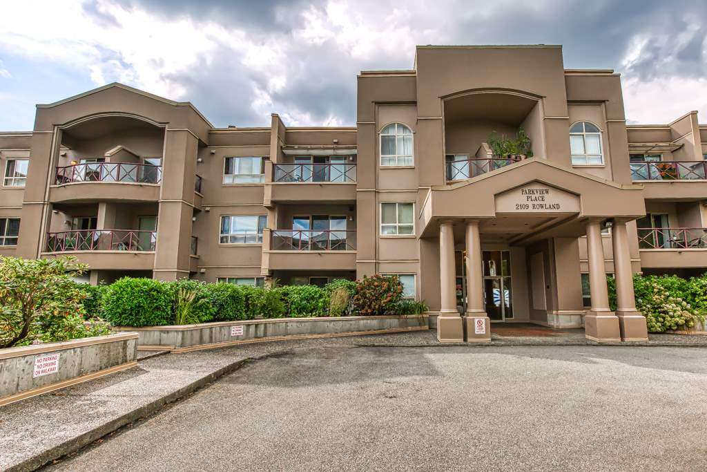 209 2109 ROWLAND STREET - Central Pt Coquitlam Apartment/Condo for sale, 2 Bedrooms (R2499683) - #1