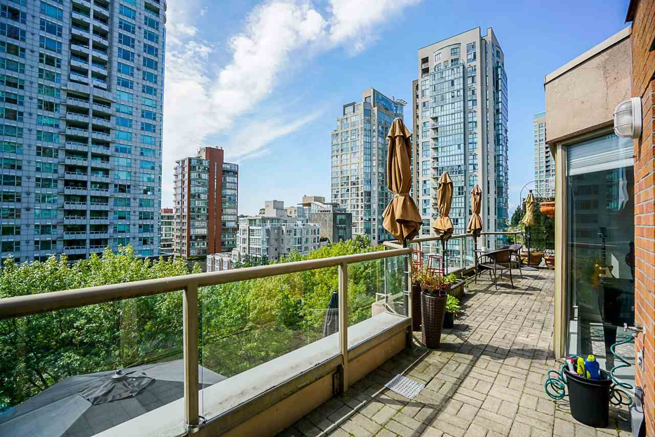 602 1488 HORNBY STREET - Yaletown Apartment/Condo for sale, 3 Bedrooms (R2500207) - #1