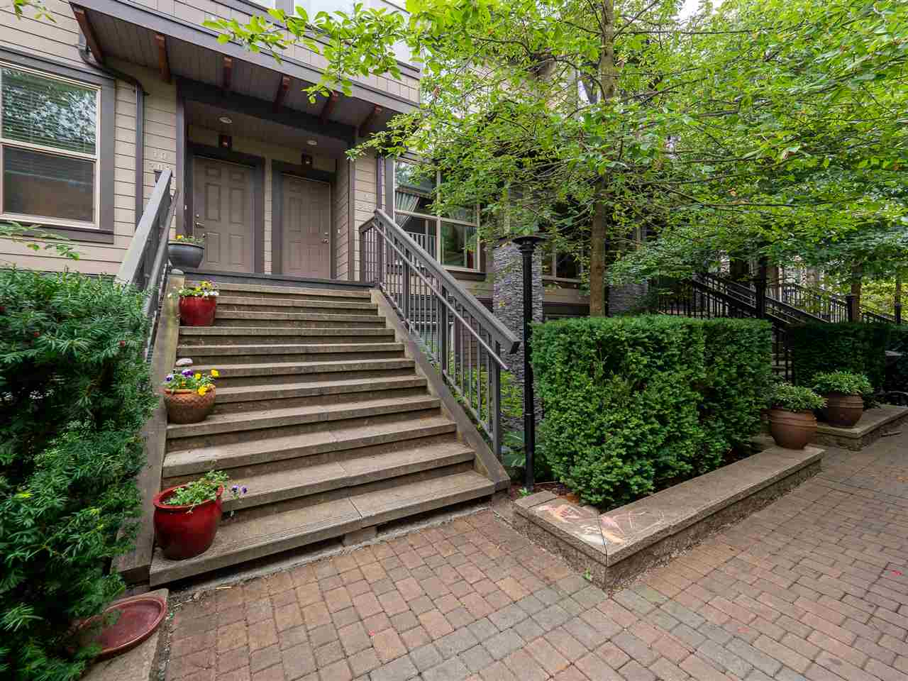 9 308 E 14TH STREET - Central Lonsdale Townhouse for sale, 2 Bedrooms (R2500280) - #1