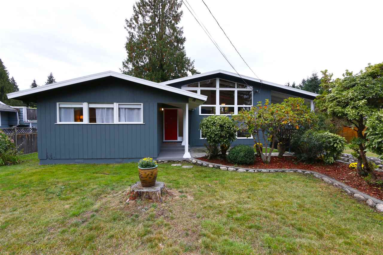 1275 BURNAGE ROAD - Capilano NV House/Single Family for sale, 3 Bedrooms (R2500736) - #1