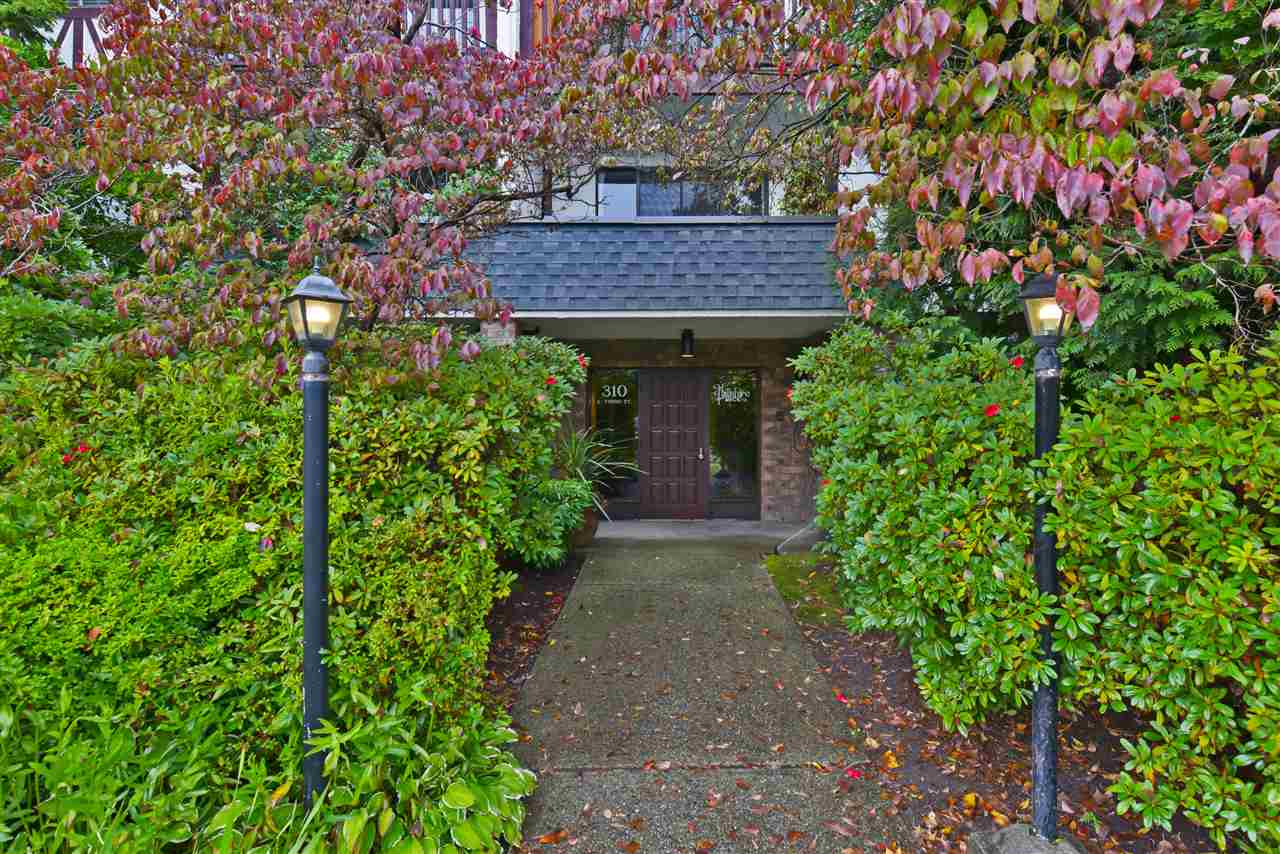 208 310 E 3RD STREET - Lower Lonsdale Apartment/Condo for sale, 1 Bedroom (R2501237) - #2
