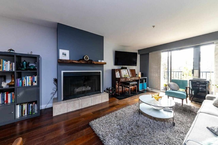 202 120 E 5TH STREET - Lower Lonsdale Apartment/Condo for sale, 1 Bedroom (R2501318)